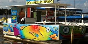 Noosaville-Boate-Signage-udrive-wrap-boat
