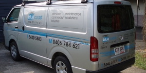 noosa-car-signage-blue-coast-electrical-