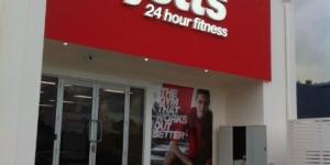 Jetts Gyms Shopfront Signage