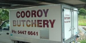 Cooroy-signwriter-Van-signage